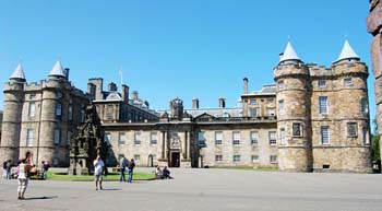 Holyroodhouse Palace - Edinburgh attractions